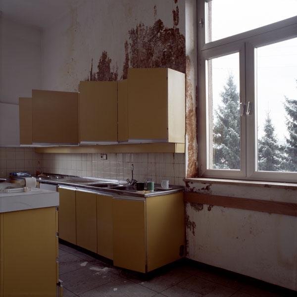 images//projects/Disappearance -Yellow/01_yellow.jpg